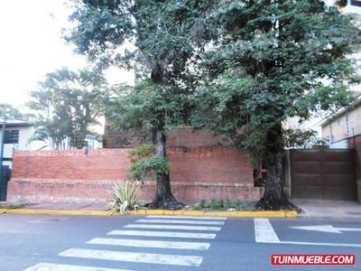 Casas En Venta, Urb. La Floresta 19-4390