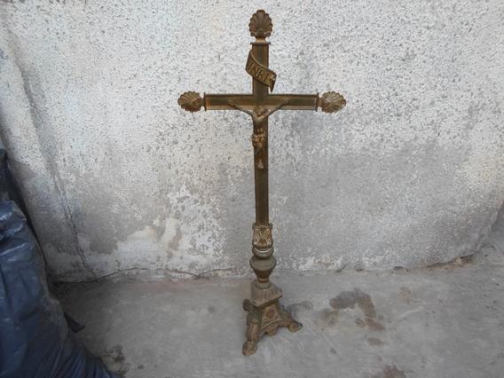 Crucifijo Antiguo Cruz Cristo Sacerdotal Pedestal Iglesia