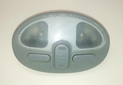 Imagen 1 de 4 de Luz Interna Techo Optra Con Botones De Sunroof