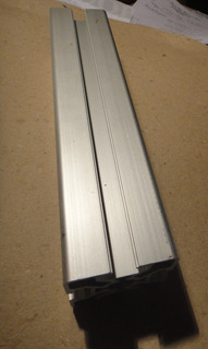 Perfil Aluminio Anodizado 5050 Ranura T Recorte X 23,8 Cm