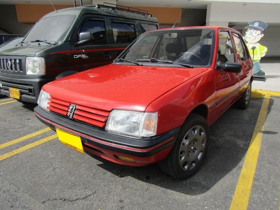 Peugeot 205 Gri 1.1 Mt
