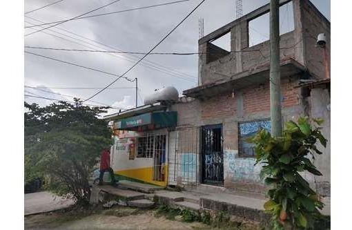 Venta De Casa En Las Granjas Con Terreno Para Expandir La Construccion