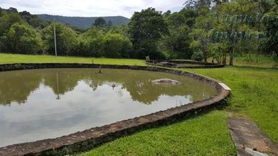 Sítio Em Atibaia Com 3 Casas E Lago, Aproveite
