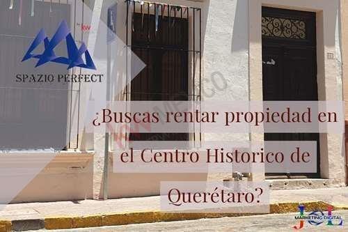 Casona En Una De Las Avenidas Más Emblemáticas De La Ciudad De Querétaro