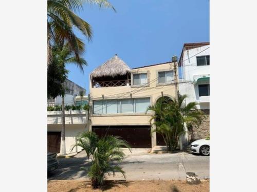 Casa Sola En Venta Fracc Costa Azul