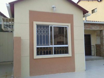 Vendo En Urb. Villa Club, Etapa Jupiter,1 Villa De 1 Planta