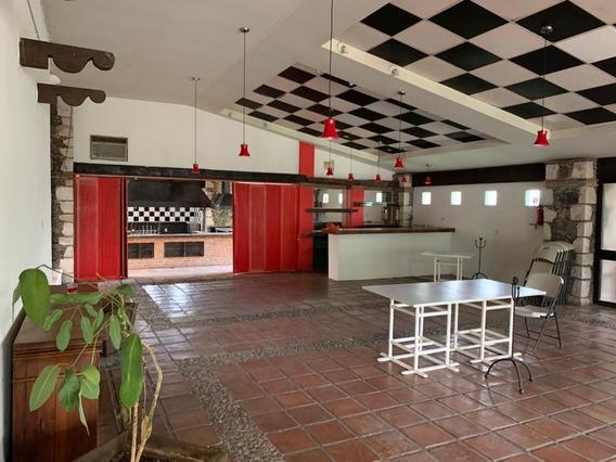 Local Comercial En Renta De Mas De 250 M2 En Blv. Euquerio Guerrero