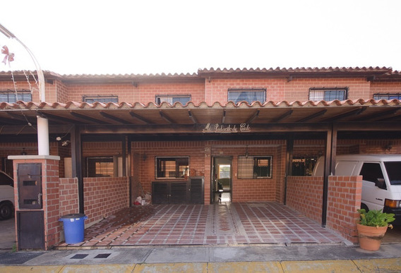 Town House Villa Del Este