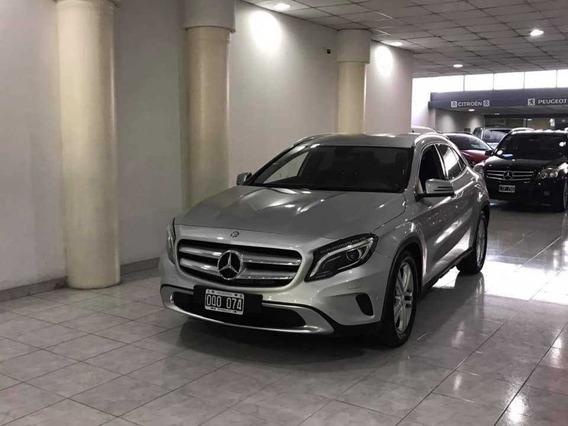 Mercedes Benz Clase Gla 2015 1.6 Gla200 At Urban 156cv