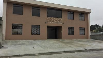 Apartamento De 2 Habitaciones, Cochera, Sky Tv, En Condo.