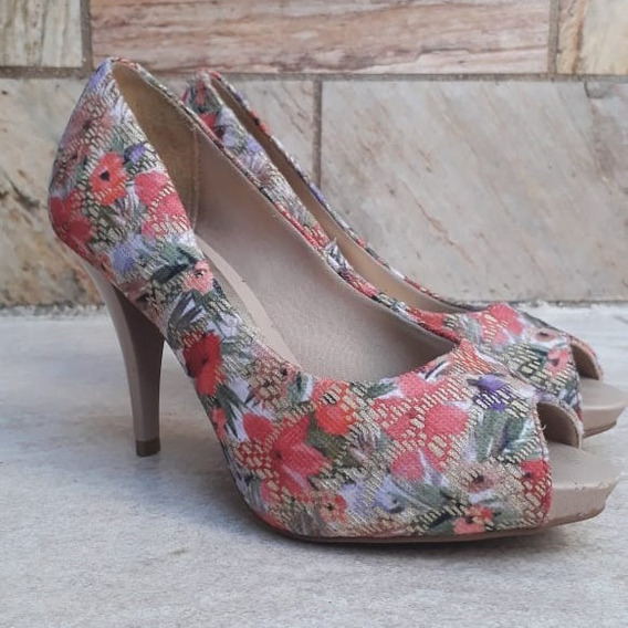 Sandália Rosa Floral Salto Fino 10 Cm Beira Rio Usada C Nova