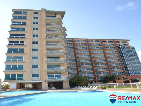 Remax Vende Apartamento En Edificio Puerto Varadero