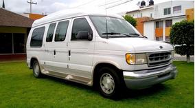 Camioneta Ford Econoline E-150 Turismo, Mod. 2000