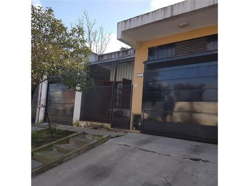 Muy Buena Casa 3 Amb Con Gge Y Quincho
