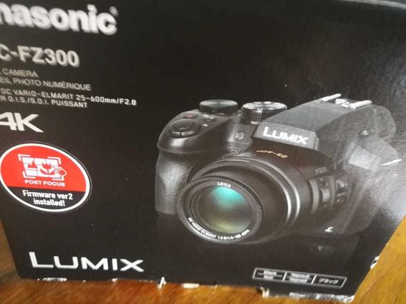 Camera Lumix Fz300