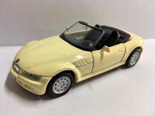 Miniatura 1/35 Maisto Bmw Z3 Conversível Gt Top Cars