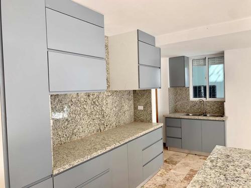 Imagen 1 de 7 de Apartamento En Venta Con Terraza- Mirador Sur