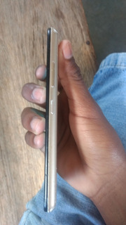 Smartphone Moto C