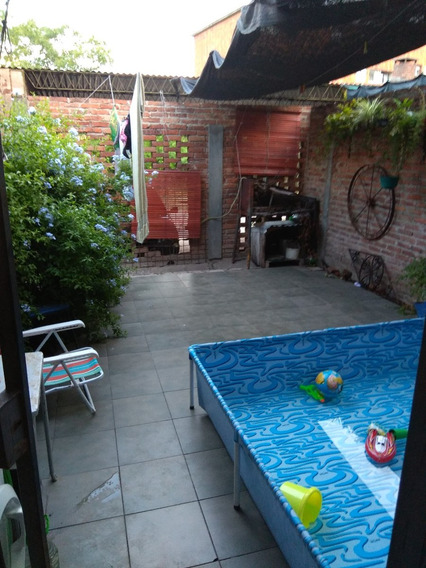 Duplex, Dos Dormitorios, Patio Y Garage