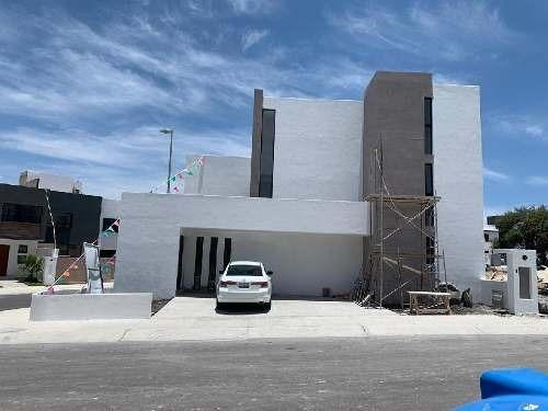 Casa En Condominio En Venta En Residencial El Refugio, Querétaro, Querétaro