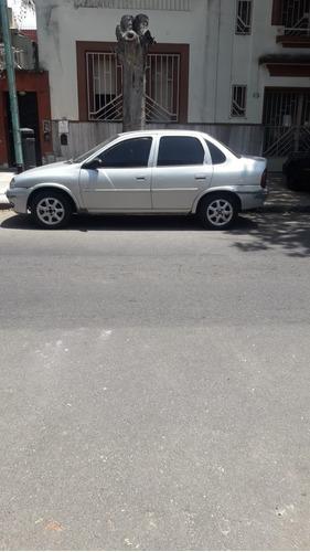 Chevrolet Corsa 1997 $145.000