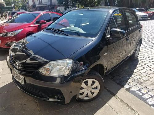 Toyota Etios 1.5 Xs 5 Puertas Muy Bueno! (aes)