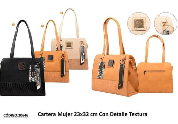 Cartera Skora Con Detalle Textura