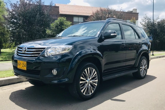 Toyota Fortuner Sr5 Urbana At 2700cc Aa Ab Abs 2015