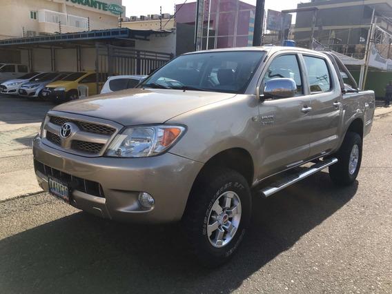 Toyota Hilux 2.7 Automático