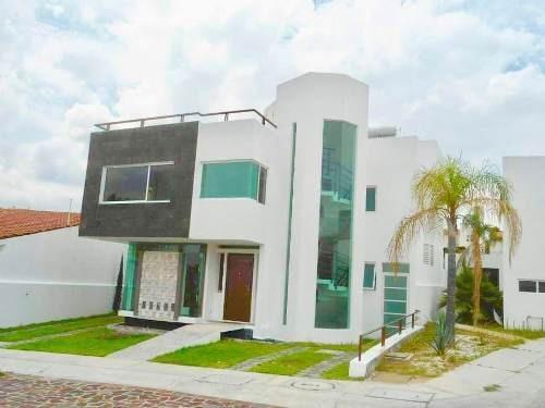 (crm-1621-1887) Gps/ Casa En Renta Amueblada Con Vista Al Lago, Cumbres De Juriquilla.