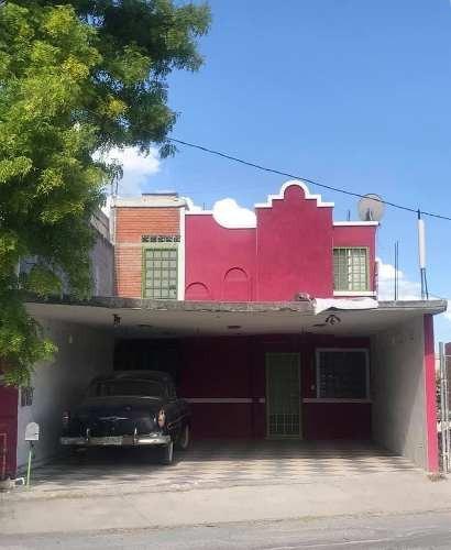 Se Vende Casa En Residencial Santa Fe, Guadalupe, Nuevo León