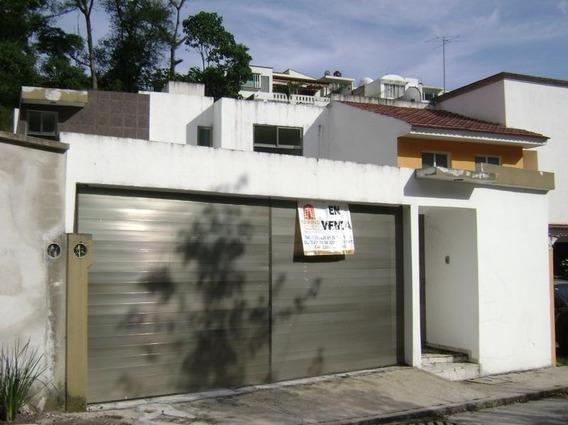 Hermosa Residencia En Fracc Privado, Coatepec, Ver.