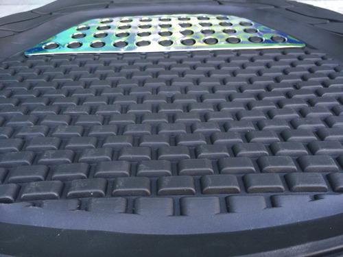 Imagen 1 de 5 de Alfombras Auto 4 Pzs Goma Gruesa Bandeja Negro+ Cromo A34