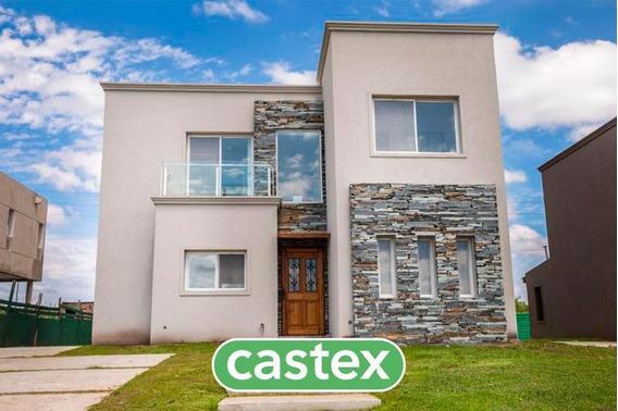Casa De 3 Dormitorios En Venta En Castaños, Nordelta