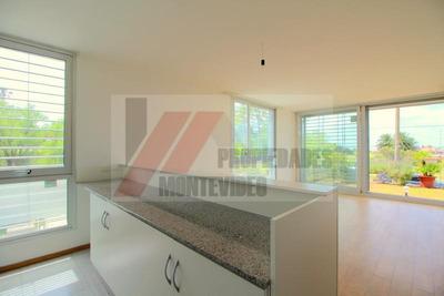 Apartamento 2 Dormitorios En Suite Baño Social Patio - Alquiler Malvin / Punta Gorda