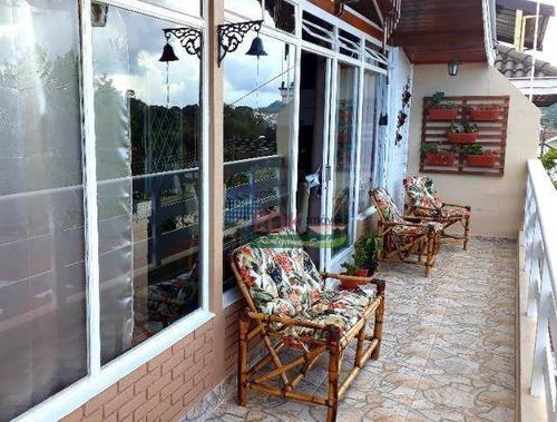 Imagem 1 de 19 de Sobrado Com 5 Dormitórios À Venda, 262 M² Por R$ 890.000,00 - V Cristina - Campos Do Jordão/sp - So2325