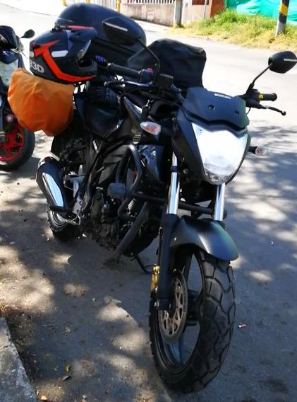 Gixxer Naked Negro Mate 2017 Moto