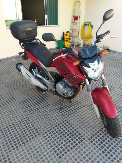 Yamaha Fazer Ys 250.