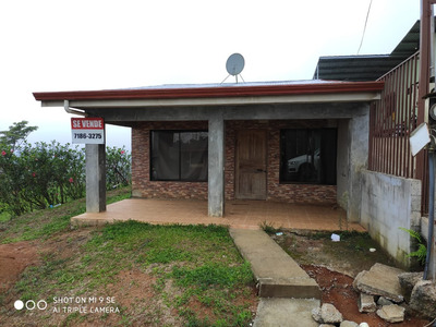 Casa En Piedades Norte Negociable Puede Financiar Con Banco