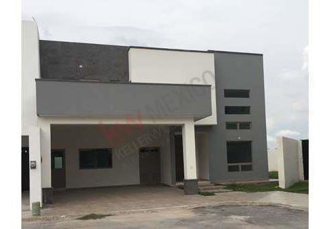 Casa Residencial, Col. Las Trojes, Torreón, Coah.