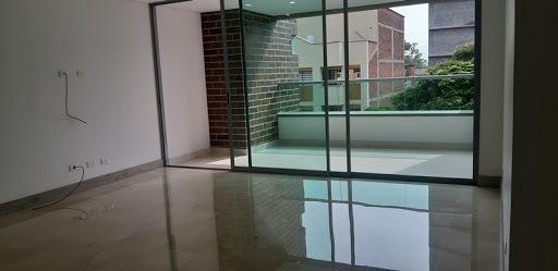 Apartamento En Arriendo Laureles 622-13667