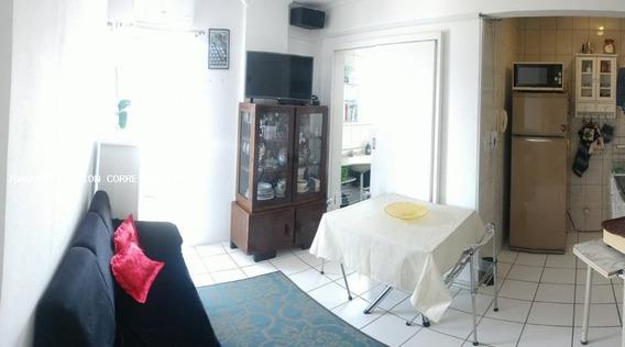 Apartamento Para Venda Em Florianópolis, Centro, 1 Dormitório, 1 Banheiro - Apa 520_1-1072947