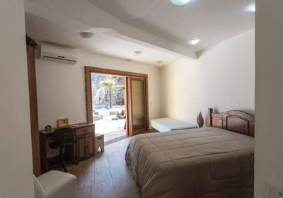 Casa Em Condomínio Para Venda Em Embu Das Artes, Chácaras Embu Colonial, 2 Dormitórios, 2 Suítes, 4 Banheiros - 515