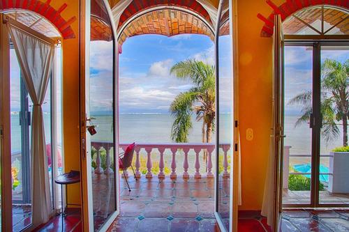 Imagen 1 de 14 de Casa En Venta, Frente A La Playa, Riviera Nayarit $1,785,000