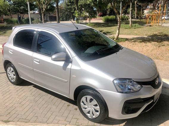 Toyota Etios Xs 1.5 Automático - Hatch 17/18 - Único Dono
