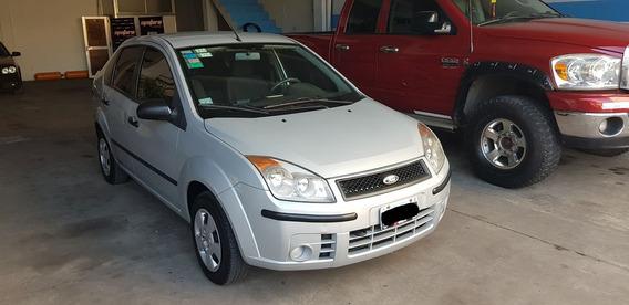 Ford Fiesta Max 1.6 Ambiente Plus Mp3