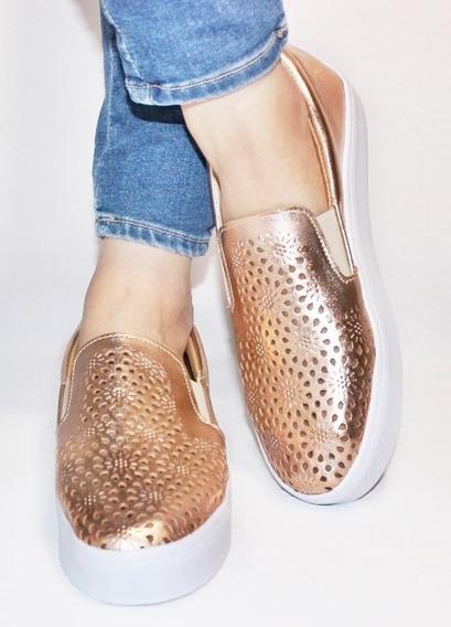 Zapatos Dama Dorados, Café Y Rosados Con Grabado Vinipiel