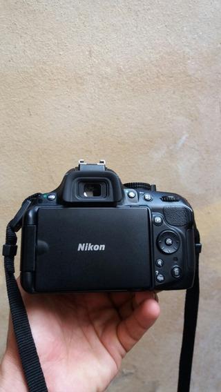 Câmera Nikon D5200, Lente 18x55mm, Bolsa, Mais Assessórios