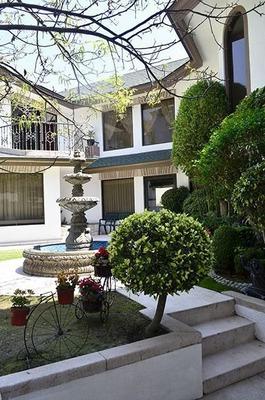 Ev1343.- Casa En Venta. Condado De Sayavedra. Elegancia Y Buen Gusto.