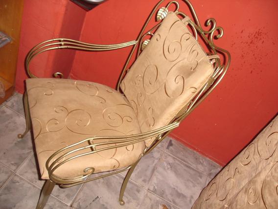 Cadeira Antiga De Ferro Decorativa
